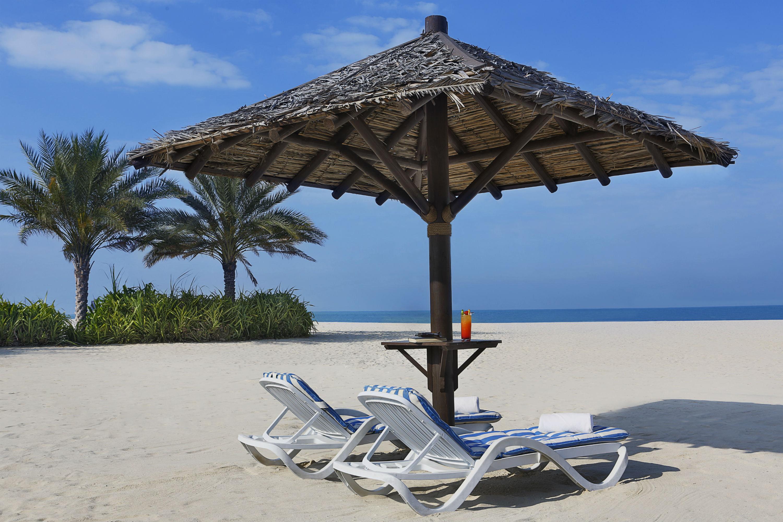 Al-Manara-Beach-Bar